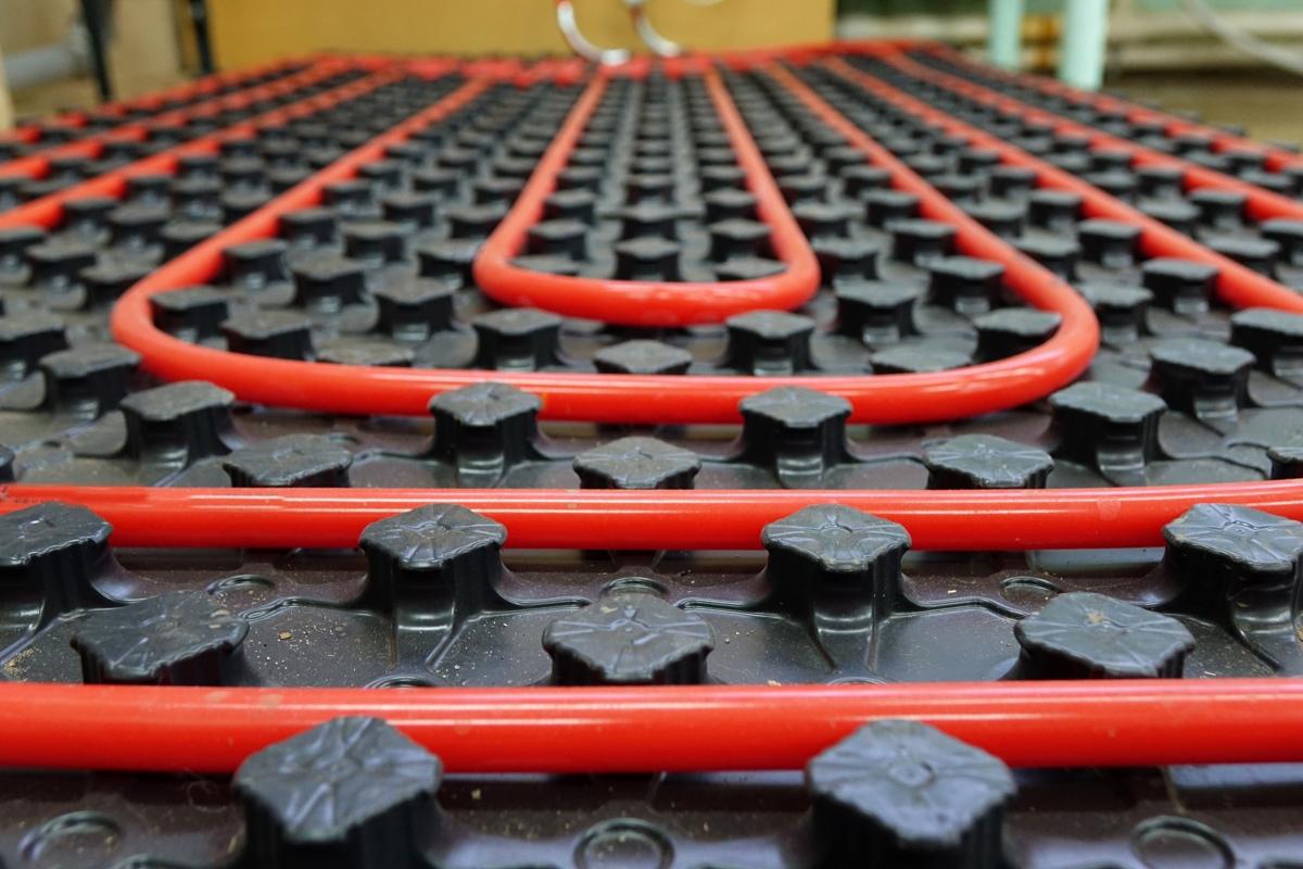 cómo instalar suelo radiante calor