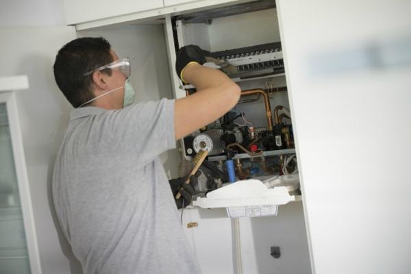 Revisión caldera gas