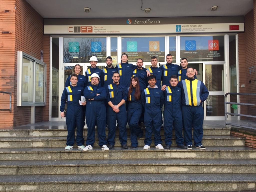 Los alumnos del CIFP Ferrolterra inician su formación práctica en las instalaciones de NEDGIA Galicia