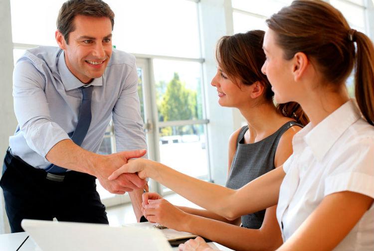 Colabora con nosotros y multiplicarás tu oportunidad de crecer